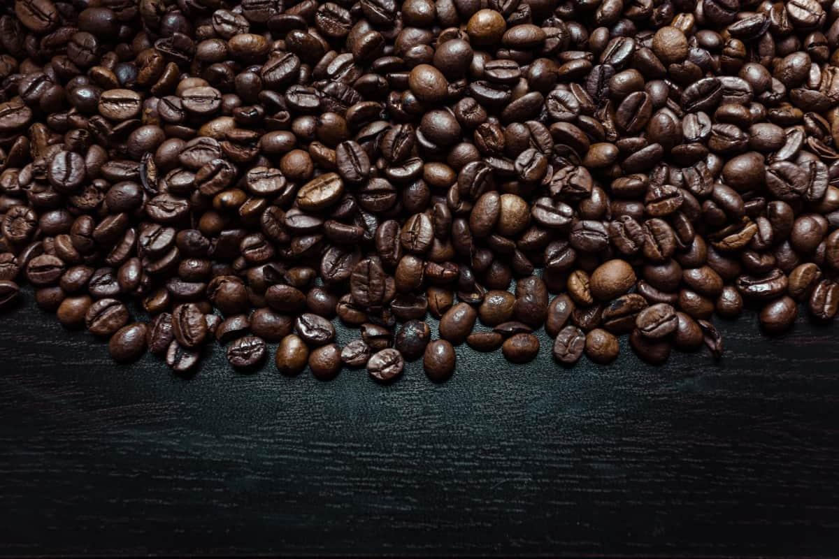 Is caffeine a component of Sneak Vegan?