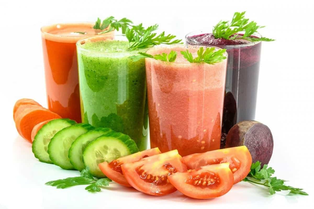 Different vegetable juice on the table