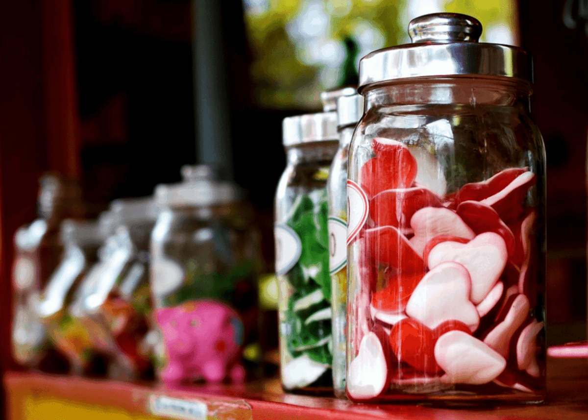 Different heart-shaped sugar candies.