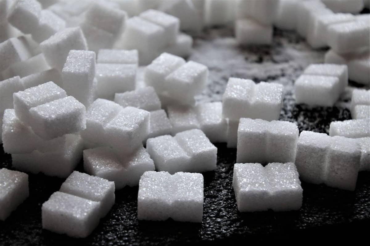 Few blocks of white sugar.